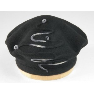 Dámsky baret farbia